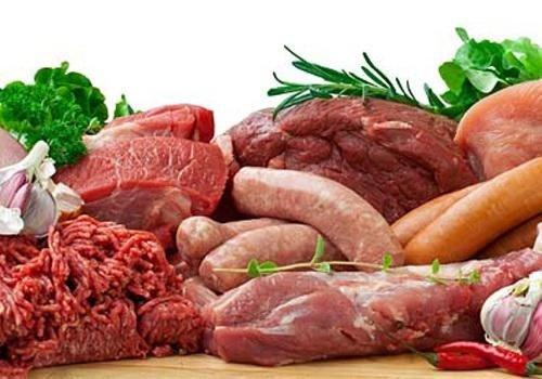 Thịt nạc, thịt gà, cá, các loại hạt đậu, nấm... xuất hiện nhiều trong các thực đơn ăn kiêng giảm mỡ bụng. Ảnh: Internet